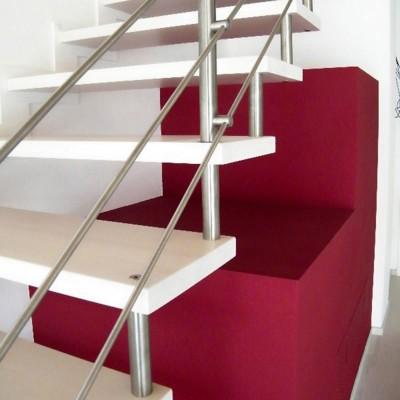 лестница на больцах . италия