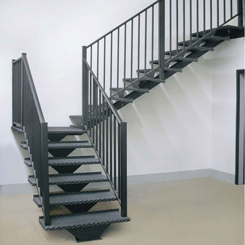 Металлическая лестница  FF1