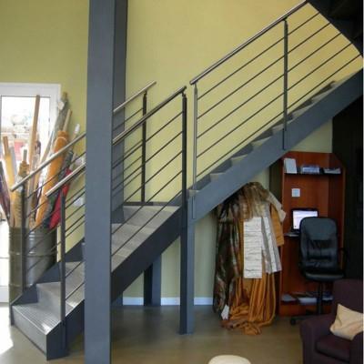 лестница со ступенями из металла Thema industrial
