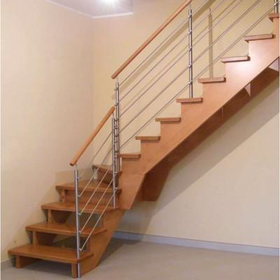 лестница на косоурах без подступёнков