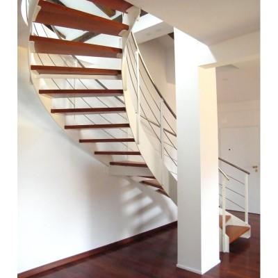 спиральная лестница на металлической тетиве