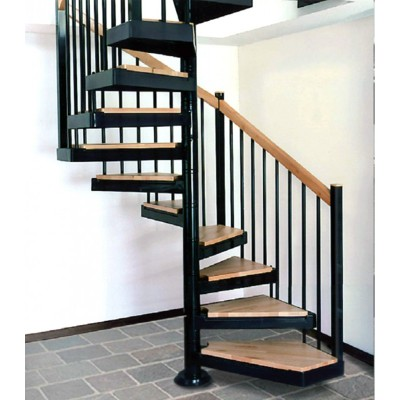 квадратная лестница Италия