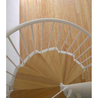 металлическая лестница с деревянными накладками на ступени  emme-1