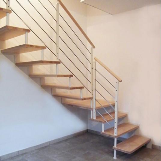 Купить лестницы на больцах под заказ (Италия, Россия)