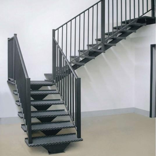Качественные и надежные лестницы из металла по выгодной цене