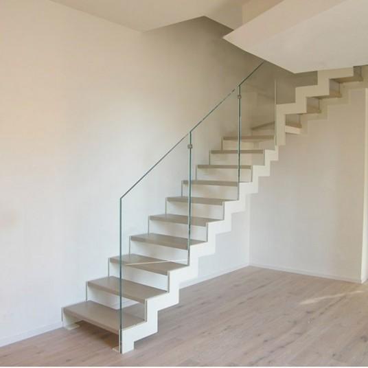 Модели лестниц + стеклянные ограждения    - стильно,красиво